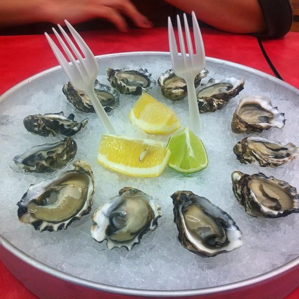 Kumamoto oysters @ Basa Seafood Express