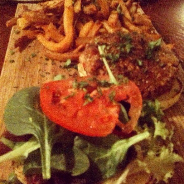 Veggie Burger And Grippo Fries @ Hammerhead's
