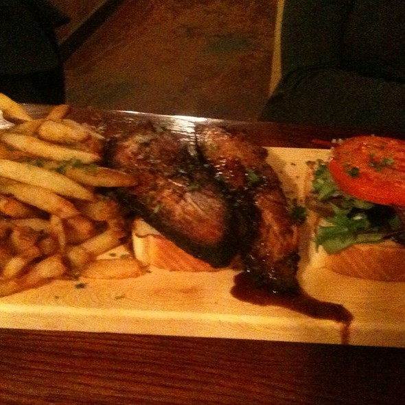 Pblt Sandwich W/Garlic Herb Fries @ Hammerhead's