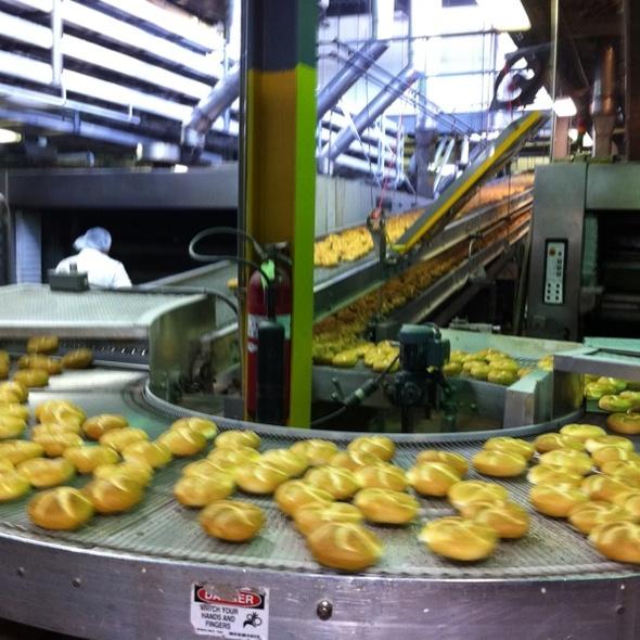 Kaiser Roll @ Rockland Bakery
