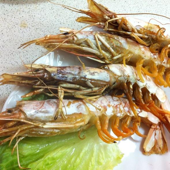 Grilled Prawns @ 小張龜山島