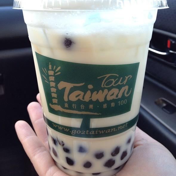Green Milk Tea @ Tea Station - Newark (North Cal - Bay Area)