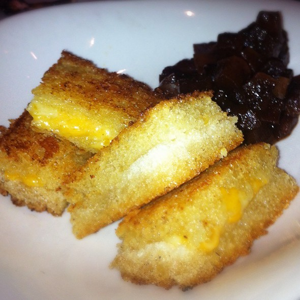 Mini Grilled Cheeses @ Fig Jam Kitchen & Bar
