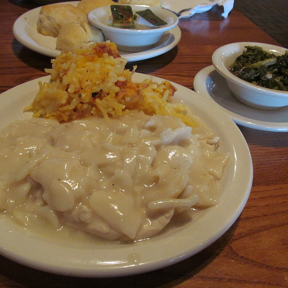 Chicken And Dumplins @ Cracker Barrel