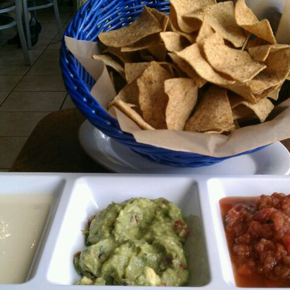 Trio Dip @ Green Lemon