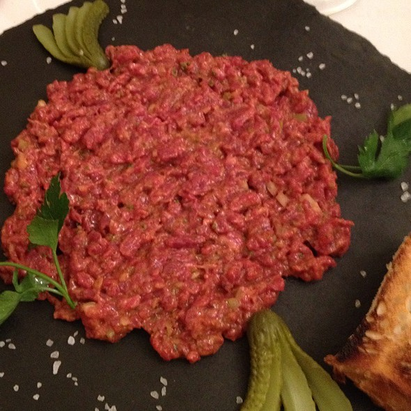 steak tartare @ L'Evêché