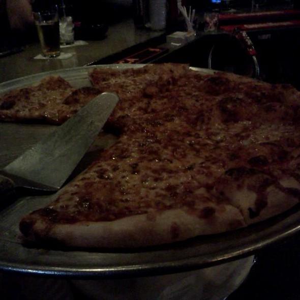 Pizza @ Alley Kat