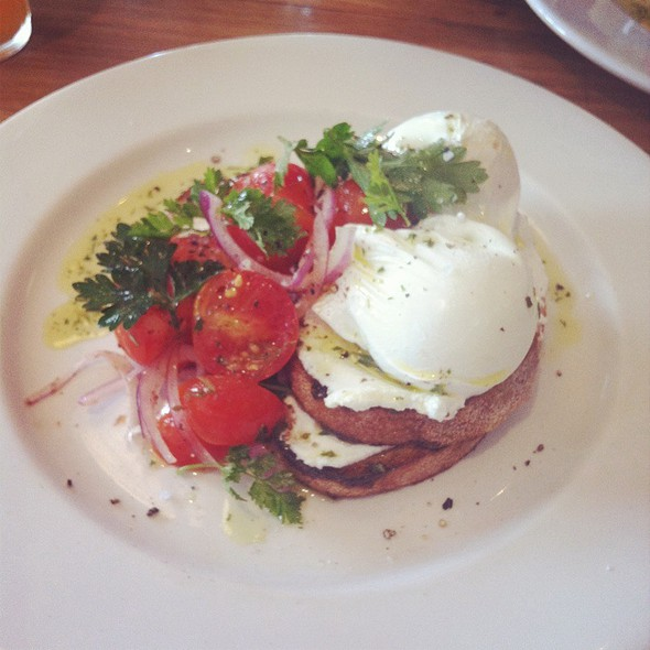 Poached Eggs @ The Premises, Kensington