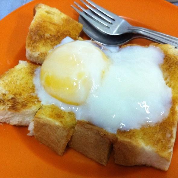 Roti & Telur @ Kedai Kopi Coffee E&O