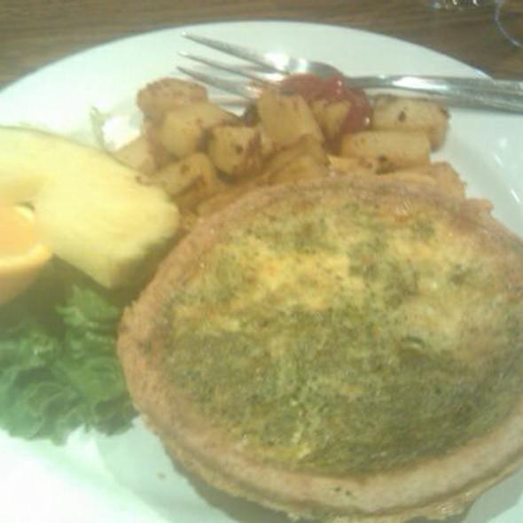 Broccoli And Cheddar Quiche @ Mimi's Cafe