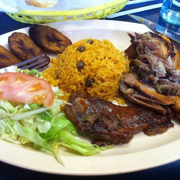 Lechon Asado (slow roasted pork) @ Papa's Cache Sabroso