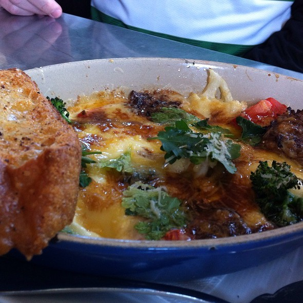 Baked Eggs In A Skillet