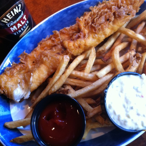 Austin clark foodspotting for Red lobster fish and chips
