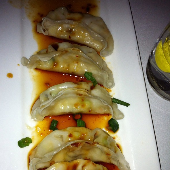 Steamed Veggie Dumplings @ Asian Mint
