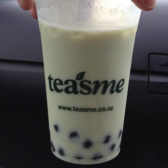 Honeydew Milk Green Tea With Pearls @ Teasme Specialty Teas