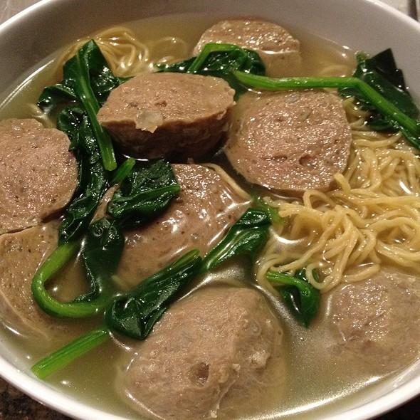 Beef Meatballs Noodle Soup