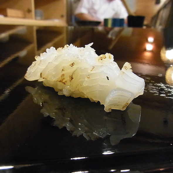 Ika Nigiri @ Taheisushi(太平寿し)