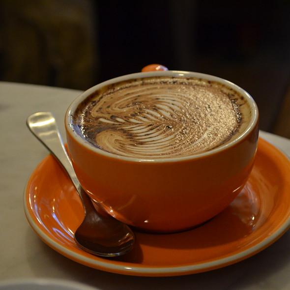 Cappuccino @ Circa Espresso