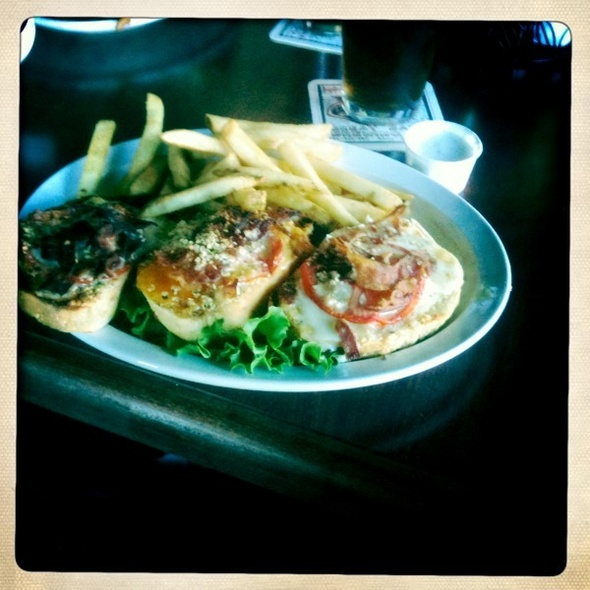 Four Cheese BLT @ Great Basin Brewing Company - Reno