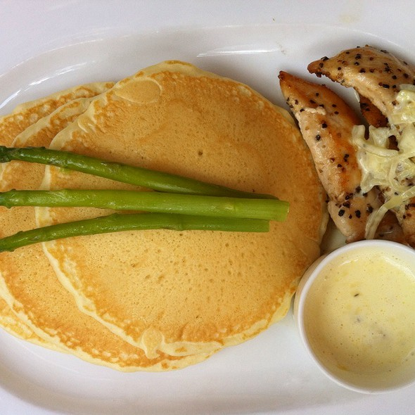 Chicken a la King @ Strictly Pancakes