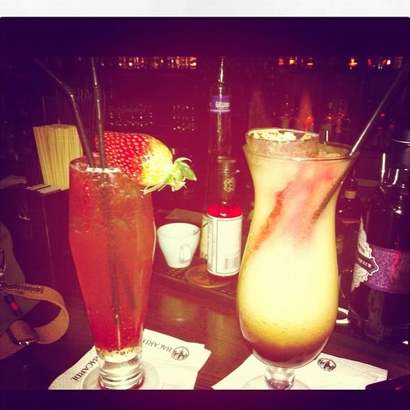 Holunder Cocktail Instantmade And Frozen Rum Cocktail @ Ciu Die Bar