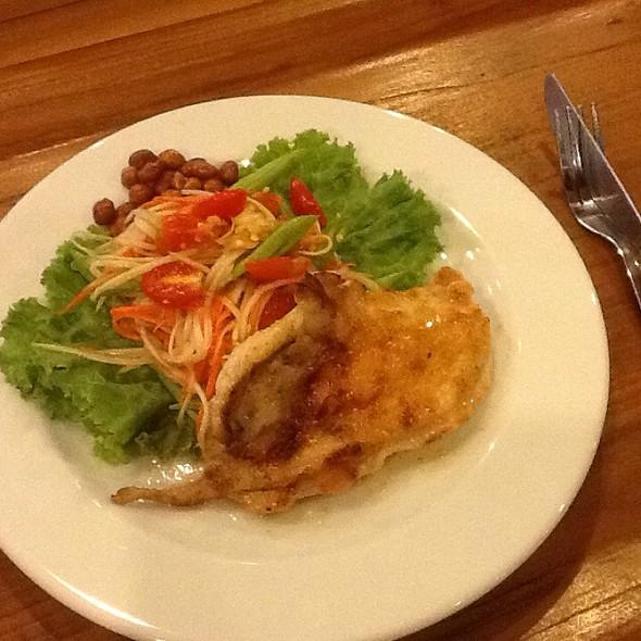 Papaya & Carrot Salad With Fried Chicken & Peanut @ Amigos Restaurant