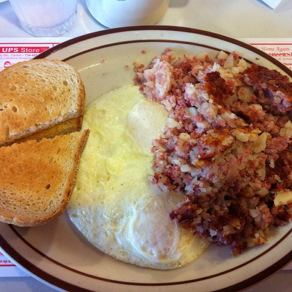 Corned Beef Hash and Eggs @ Bode's Corned Beef House