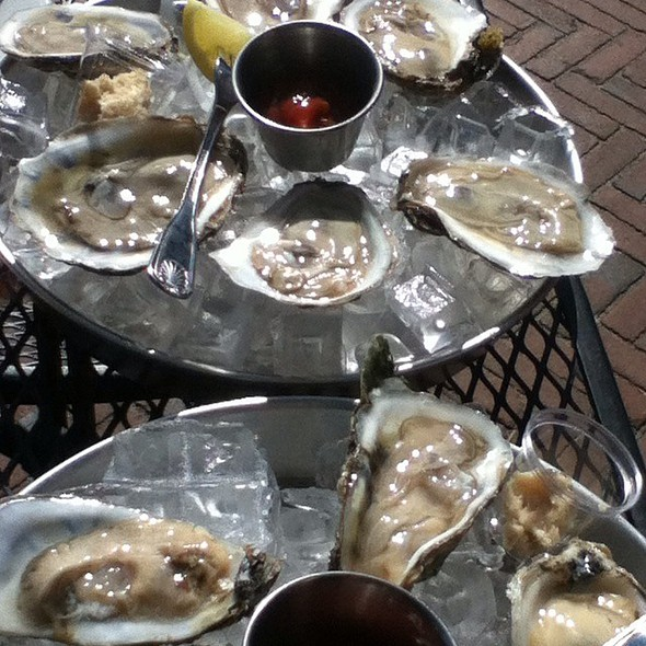 Assorted Oysters @ Riptide By The Bay