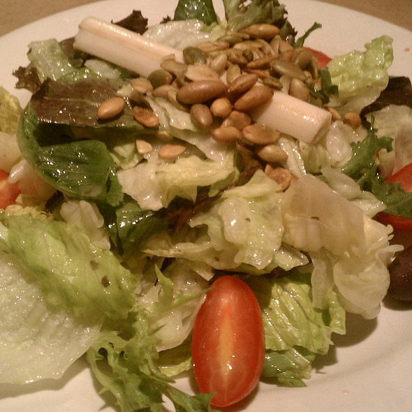 House Salad @ bonefish grill - willow grove