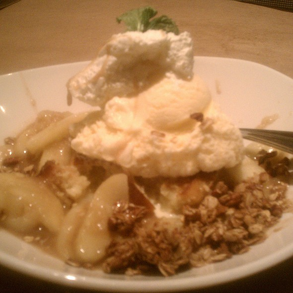 Bread Pudding and Apples @ bonefish grill - willow grove