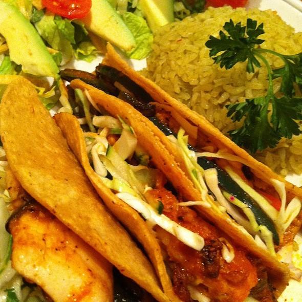 Tacos de Pescado @ Mi Cocina