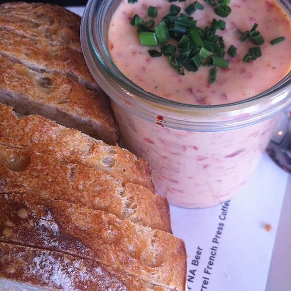 Pimento Cheese Jar @ Hog & Rocks