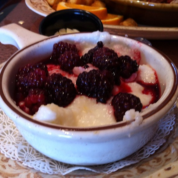 Blackberry Grits @ Another Broken Egg