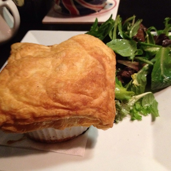 Chicken & Mushroom Pie @ The British Chip Shop