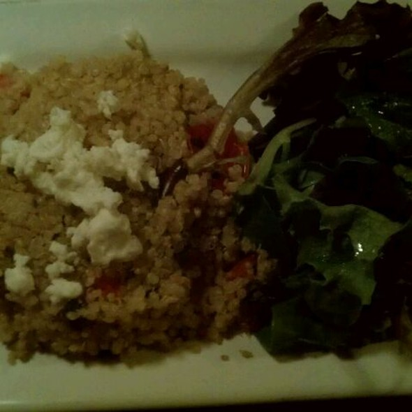 Feature - Quinoa @ The Brick Store Pub