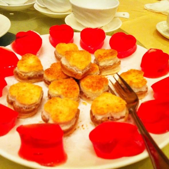 Paradise chinese cuisine menu toronto on foodspotting for Asian cuisine desserts