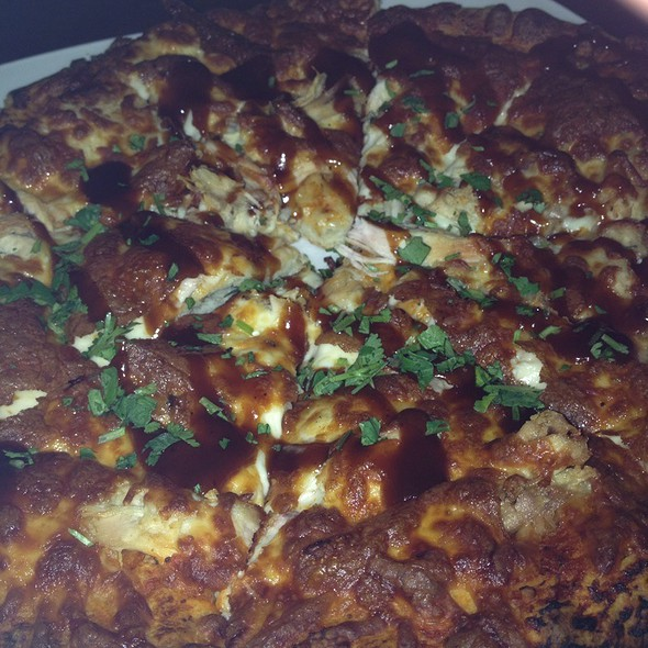 Barbeque chicken pizza @ Players Chophouse