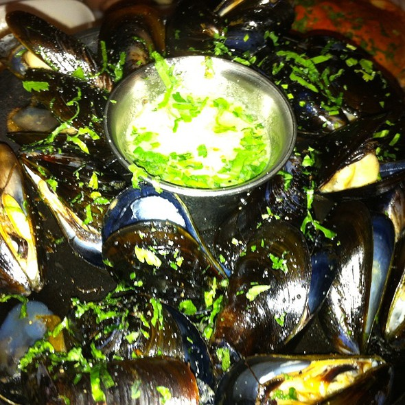 Mussel @ Crab House At Pier 39