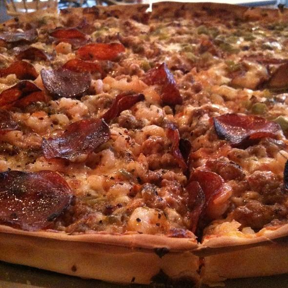 Half Longhorn Special/Half Gator Bait @ Cajun Pizza Place