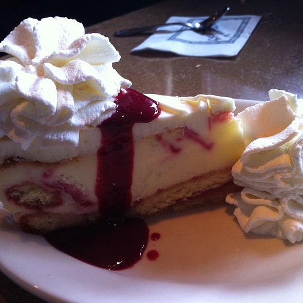 Lemon Raspberry Cheesecake @ Cheesecake Factory