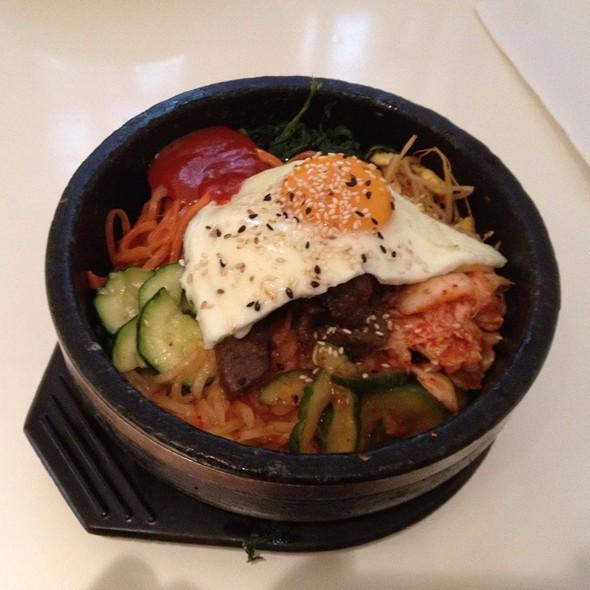 Beef Bibimbap @ YamYam Korean Cuisine