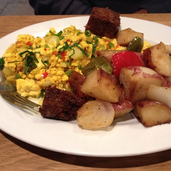 Chilled Tofu And Century Eggs @ Green Eggs Cafe