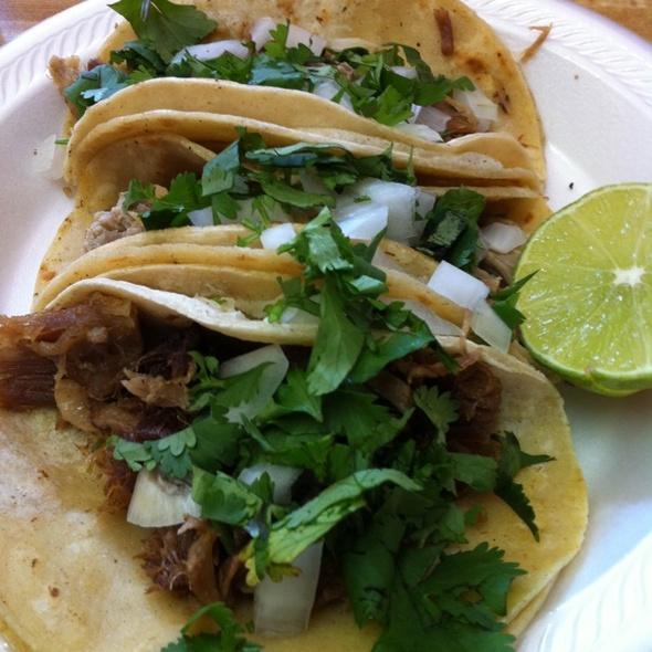 Tacos Carnitas @ Tacos Mi Tierra