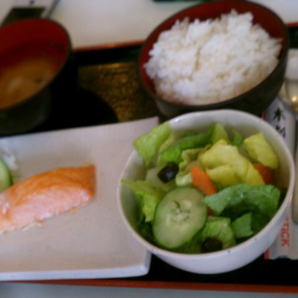 Salmon Lunch Set (teishoku)