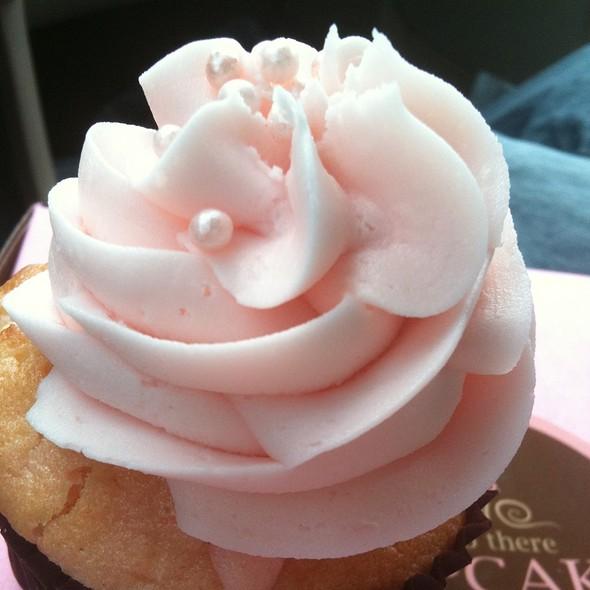 Pink Champange Cupcake