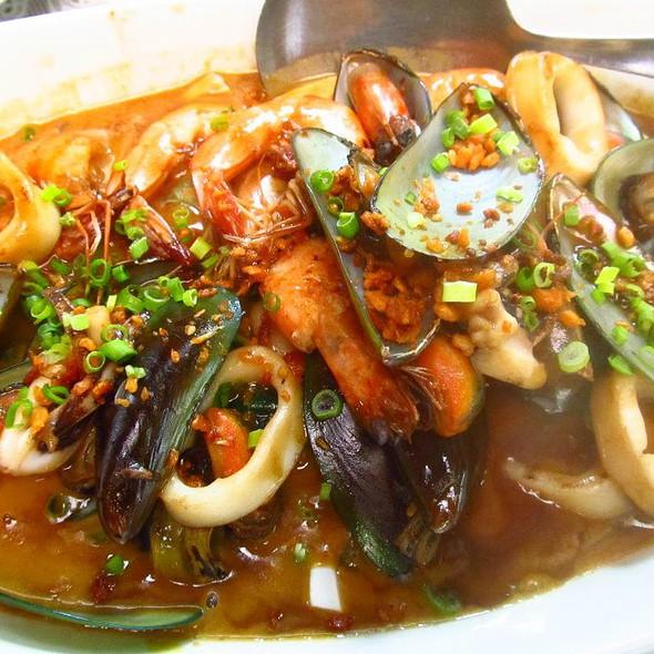 Seafood Kare-kare @ Patis Tito Garden Cafe