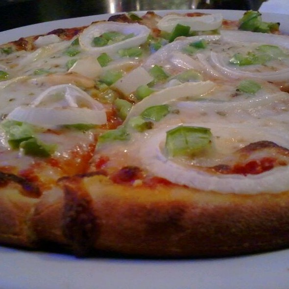 Veggie Pizza @ Jonathan's Sports Pub
