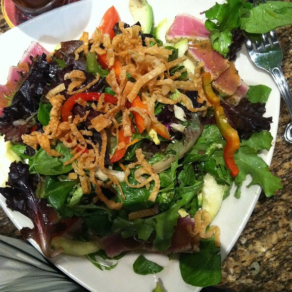 Ahi Tuna Salad @ BJ's Restaurant & Brewhouse