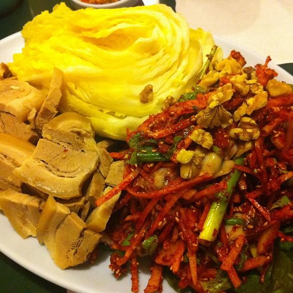 Pork Bosam @ Choi's Kitchen