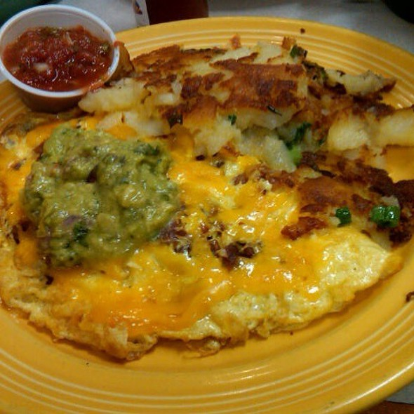 Bacon And Avocado Omelette @ Eggs Etc
